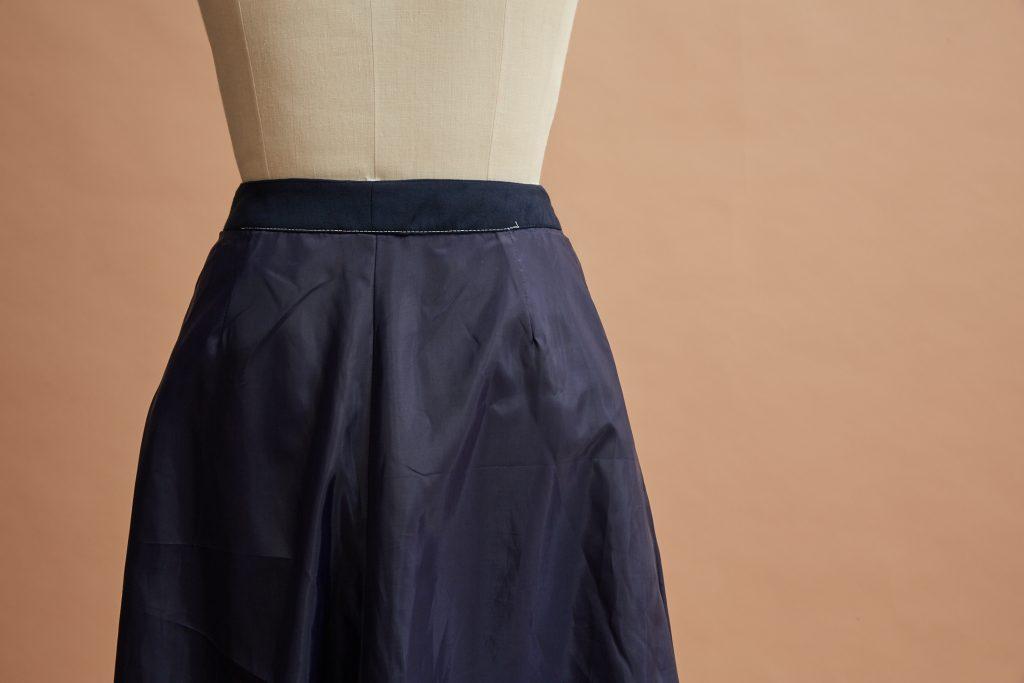 Cowl skirt: interior detail