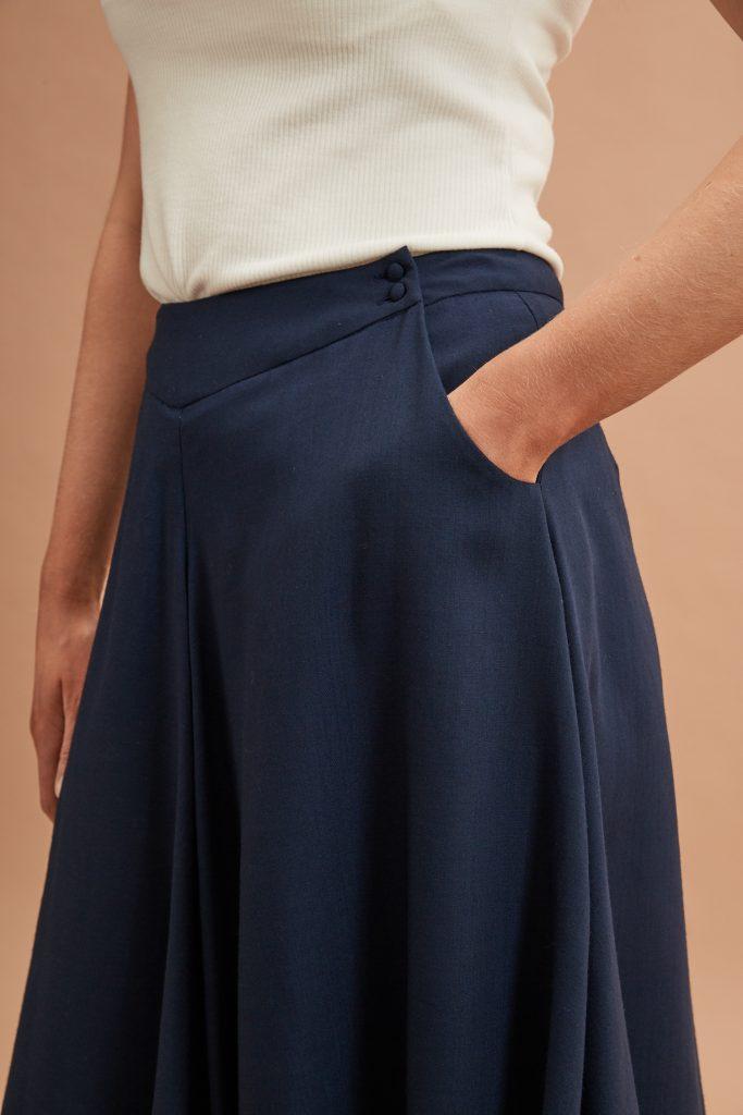Cowl skirt waist detail